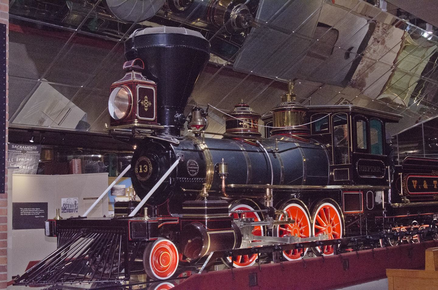 Exhibits - California State Railroad Museum